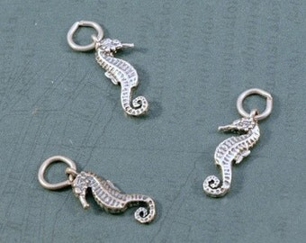 Sterling Silver Seahorse Charm - 7x13mm - Sold Per Piece - CR3/SH