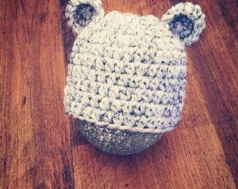 Bear Baby hat, 0-3 mo sized, Newborn photo prop, baby shower, Christmas gift