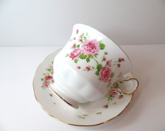 Vintage Avon Pink Roses Teacup & Saucer - Avon Pink Roses Teacup - Vintage Avon Teacup - Avon Teacup - Floral Teacup - Collectible Teacup