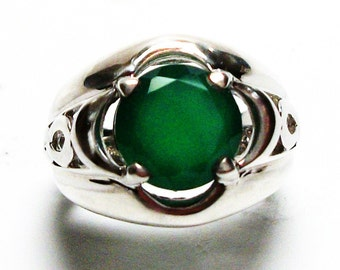 """Green chalcedony, chalcedony ring, green infinity ring, solitaire ring, green   s 6  """"Dreaming in Green"""""""