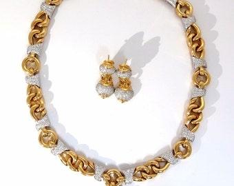 4.00CT Diamonds Necklace Dangle Earrings Suite 18KT