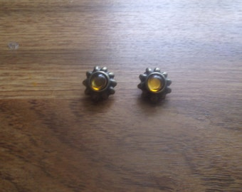 vintage clip on earrings goldtone amber stone