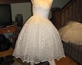 1963 Wedding Dress GORGEOUS Lace vintage 60's short wedding dress, with lace bolero jacket. Near Perfect condition size 8 Fantastic Find!