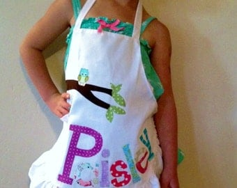 Kid's ruffle personalized funky owl appliqued pretend play apron smock for toys, cooking tools, art supplies - for children 2 to 9