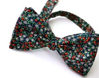 Freestyle Bowtie, Navy Blue Floral, Self Tie Bow Tie, Handmade Bow Tie, Adjustable Bow Tie