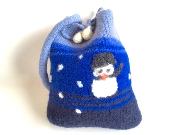 "Felt bag/pouch ""Little Snowman"", pure wool, crocheted, felted, navy, royal blue, turquoise, azure, white, black, orange, OOAK, one of a kind"