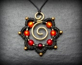 Macrame Necklace RED & ORANGE Hippie Flower Pendant Brass wirework - Colorful eyecatcher - Blossom  - Statement - Gypsy Jewelry - Natural