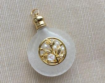 Perfum Bottle Pendant/Vintage Buttle Pendant (j125)