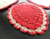 Vintage crochet red and cream off white heart-shaped doily hotpad ONLY ONE PIECE