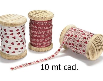 Hearts Embroidered Ribbons on Wooden Spool 3 pcs mt.30