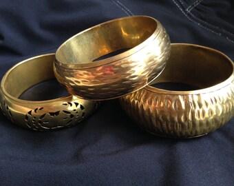 Beautiful set of 3 large vintage bangle bracelets - Made in India, bazaar, boho