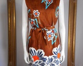 Vintage 1960's Brown/Blue & Orange Floral Print Hawaiian Style Shift Dress - Size 10/12