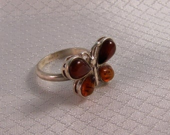 Vintage Cherry and Honey Amber Butterfly Sterling Ring, 17.6mm, Size 7