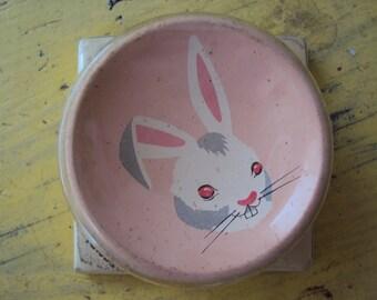 Vtg. Amerock Story Book Knob Peter Rabbit #A601