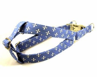 Fleur de Lis in Blue, Fleur de Lis in Red Dog Step in Harness