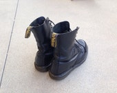 Made in England Women's Vintage Doc Martens 7