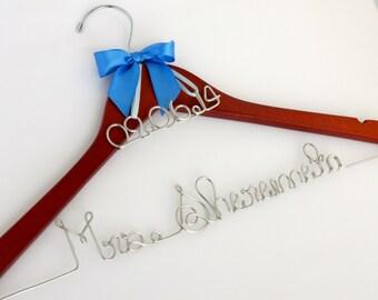 Wedding Dress Hanger with Date Charm, Bride Hanger, Wedding Date Hanger, Wedding Gift, Dress Hanger