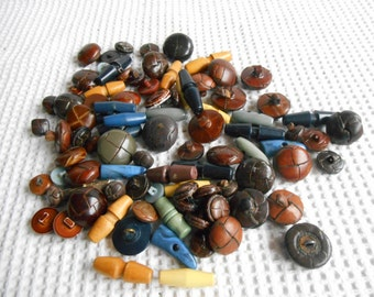 Huge toggle and Leather wrapped Buttons Grab Bag 250gram Mixed Color Craft Pack Destash