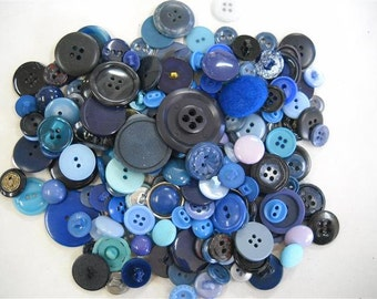 Lot of  vintage and new from  old stock   Buttons- lot B03