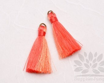 T001-MRO// Multi Red Orange Tassel Pendant, 4pcs, 40mm x 8mm