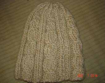 Oatmeal Cable-knit Hat