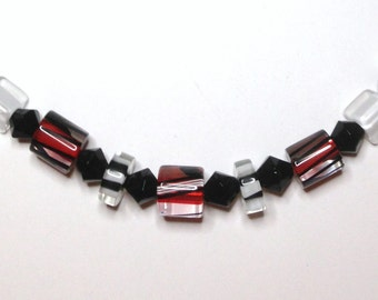"Handmade 19"" Black Red CUBE FUNKY NECKLACE Black Accent Beads"