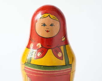 Vintage Matryoshka, nesting doll red mustard Matryoshka, hand painting wooden Matryoshka, wooden doll home decor