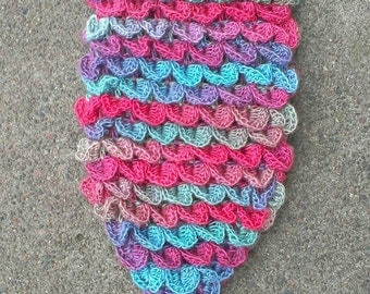 """FREE SHIPPING - Crochet """"Scaly"""" Mermaid Tail/Fin Costume - Mermaid Photo Prop -In Size 2/3yrs."""