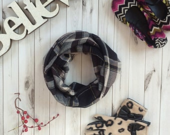 Holiday Outfit/ Toddler Infinity Scarf/Toddler Scarf / Little Girl's Infinity scarf, Baby, Black and Brown Plaid Scarf, Gift Under 25