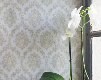 Vintage  Wallpaper Roll // French 1970 Full Roll //  Spring Floral Design