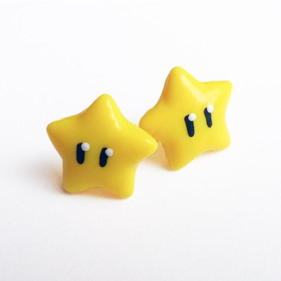 Super Mario Invincibility Star stud earrings - mario stars, nintendo, gaming, geeky jewelry, nerdy jewellery, video game