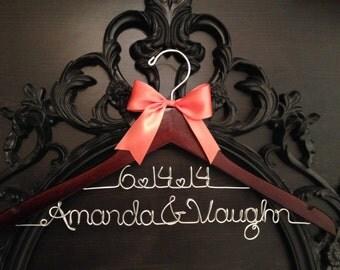 Wedding Hanger / Bride Hanger / Personalized Bride Gift / Mrs. Hanger / Name Hanger / Personalized Hanger / Bridal Hanger / Shower Gift