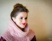 savvystuff cleopatra cowl in rose