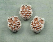 White Owl 18x15mm Czech Glass Bead Metallic Copper Horned Carved (4)