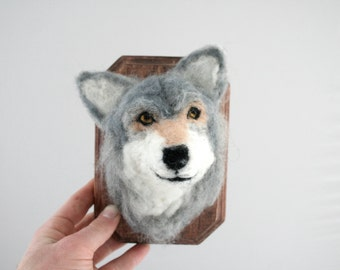 Wool Taxidermy Gray Wolf (Canis lupus)