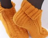 Hand Knit Men or Women House Socks