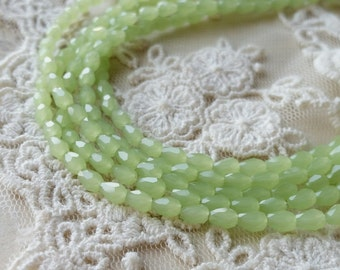 3 x 5 mm 48 Faceted Cut Tear Drop Shape Light Green Colour Glass / Crystal / Lampwork Beads (.maa)