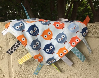 Plump Owls Tag Blanket with your choice of Minky   In Stock, READY TO SHIP
