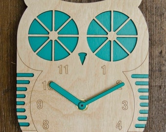 Billy Owl - Modern Wall clock - Turquoise Blue