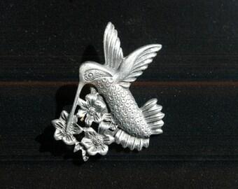 Hummingbird Brooch - Unmarked Torino - Pewter