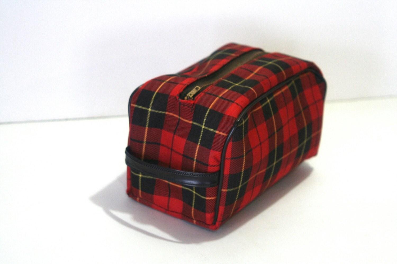 vintage men u0026 39 s dopp kit toiletry bag red tartan plaid
