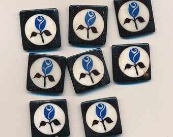 Eight pretty etched bone beads decorated with blue roses - 25 mm