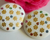 Pretty Button Style White Earrings with Flower & Rhinestone Details- Clip On Pastel Rainbow Multicoloured Floral 1950s Preppy Retro