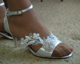 Wedding Heels SIZE US 9.5 Lace APPLIQUÉ and crystals Brooch flower,Bling Bride,Open Toe D'Orsay Satin Pump,Ankle Strap,Victorian Modern