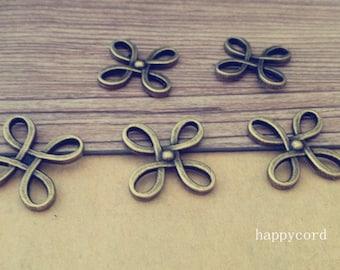 10pcs  Antique bronze flowers pendant Charm 18mm