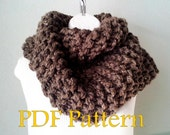 Outlander Inspired Claire Cowl Snood PDF KNITTING PATTERN, beginner level, easy