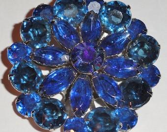 Beautiful Multi Blue Prong Set Layered RHINESTONE Vintage Cushion Brooch