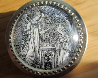 Item # 22 ~Annunciation Mary and Archangel Gabriel First Communion gift boy girl, Christmas, Easter, gift tin baptism made in USA