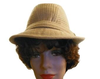 1960 Country Gentleman hat, Trav'ler, 100% camel hair, size 7 3/8, camel tan fedora traveling hat
