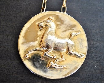 VINTAGE HORSE MEDALLION necklace